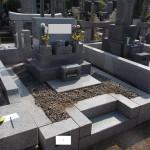 八柱霊園の墓所にて。雑草除け工事をしました!