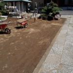 新小岩のお寺に雑草除けの固まる土を施工しました
