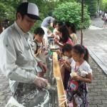 江戸川区のお寺で流しそうめんをしました