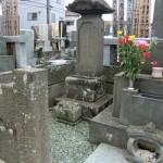 お墓のクリーニングと塔婆立ての補修をしました