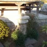 葛飾区立石のお寺で灯篭の補修をしました