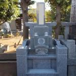 江戸川区のお寺で、フィンランドの石(バルチックキング)で建墓工事をしました