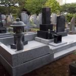 谷中霊園で大きなお墓を作っています/完成いたしました