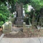 青山霊園で墓所工事をしております